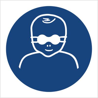Znak Nakaz ochrony wzroku dzieci przyciemnianymi okularami ochronnymi (M25)