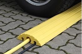 Obrazek Próg kablowy, żółty : 1500 mm x 210 mm x 65 mm